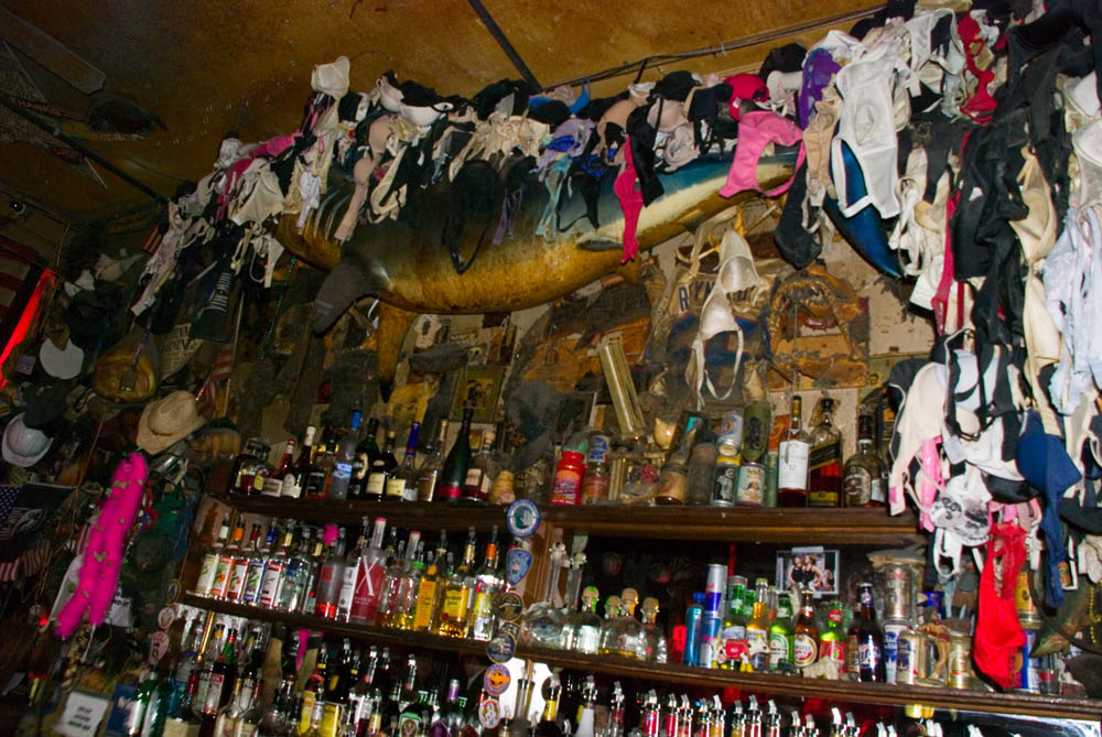 Hogs and Heifers Saloon_0010