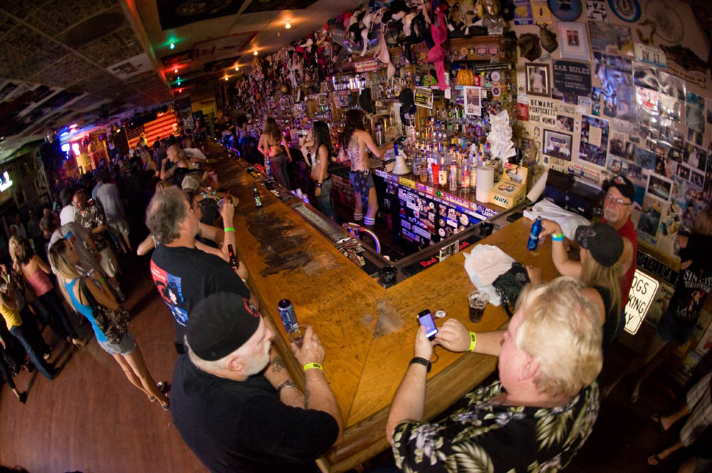 Hogs and Heifers Saloon_0034