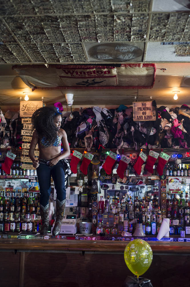Hogs and Heifers Saloon_0036