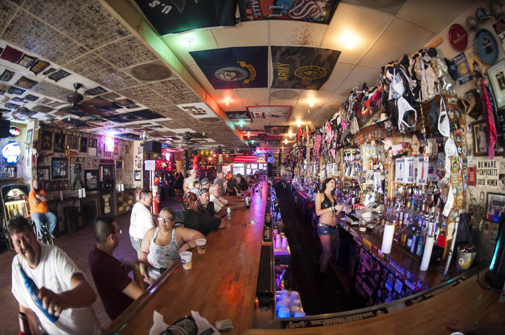 Hogs and Heifers Saloon_0037