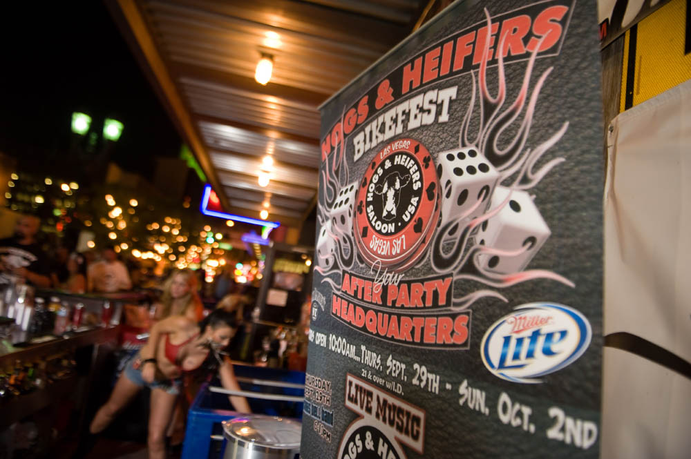 Hogs and Heifers Saloon_0043