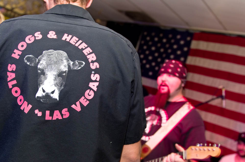 Hogs and Heifers Saloon_0172