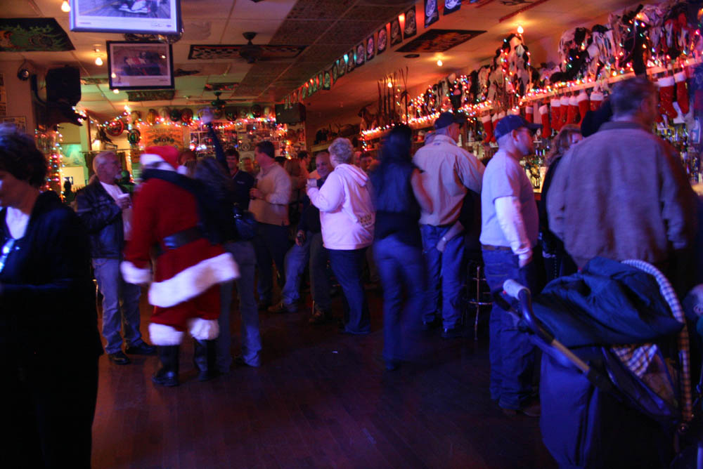 Hogs and Heifers Saloon_0366