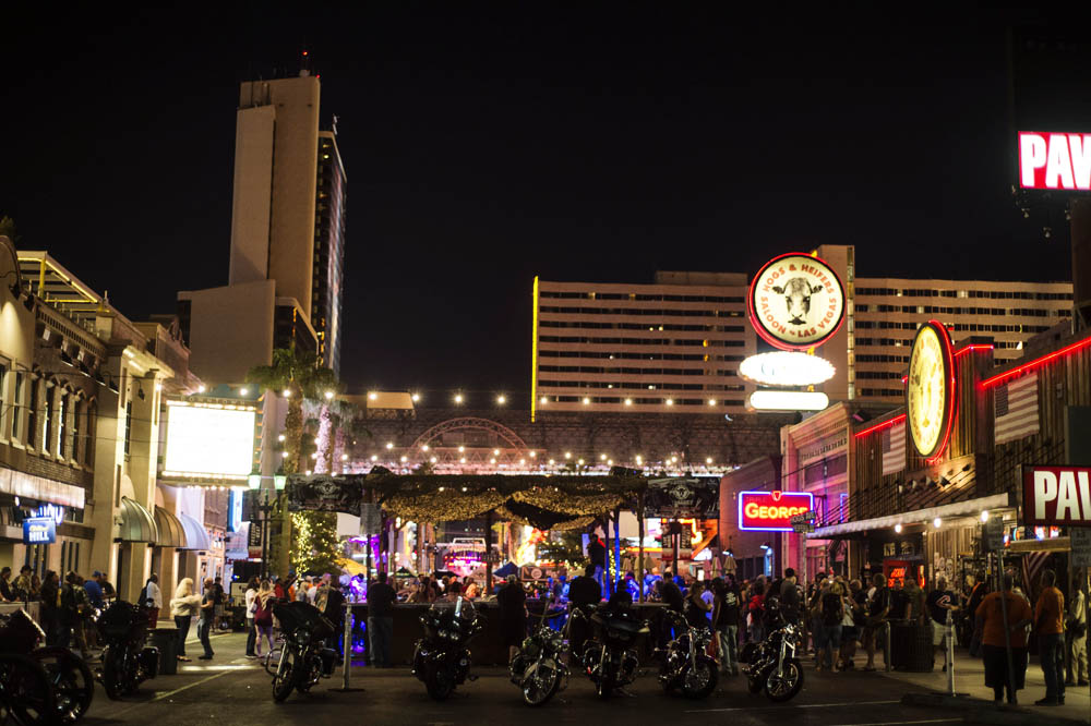 Hogs & Heifers Saloon Las Vegas_0015